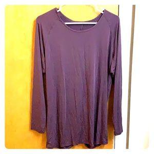 Lululemon NWT long sleeve shirt